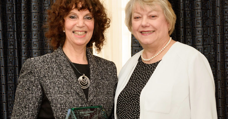 Vivian Isaak distinguished with the 2016 Women's Business Enterprise Leadership Award
